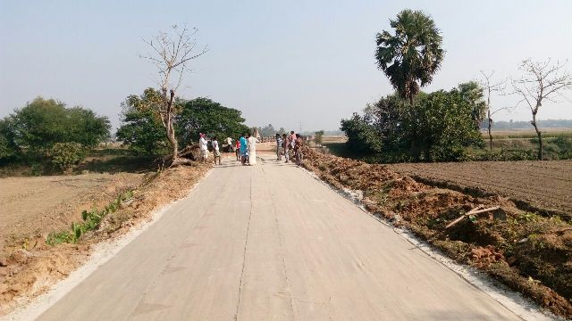 Strengthening of road sub-grade with Jute Geotextile at Burdwan, West Bengal