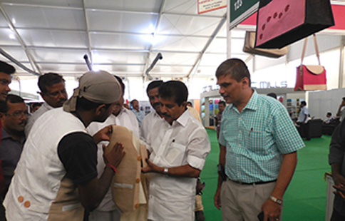 During the visit of Coir Minister Shri.Adoor Prakash to Jute Pavilion on 4th Feb 2016